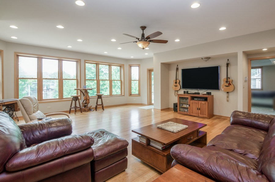 Real Estate Photography - 1511 N. River Road, Algonquin, IL, 60102 - Living Room