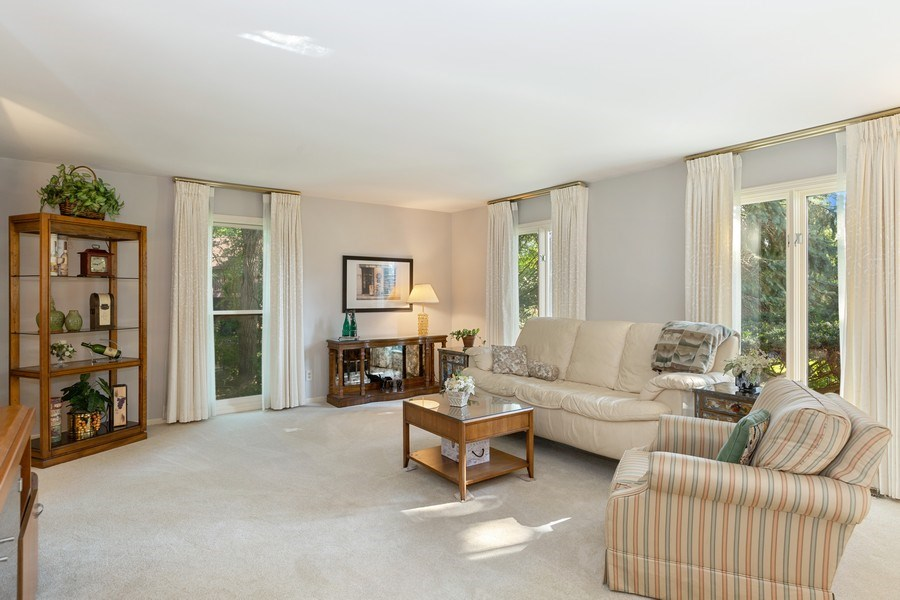 Real Estate Photography - 3703 Live Oak, Crystal Lake, IL, 60014 - Living Room