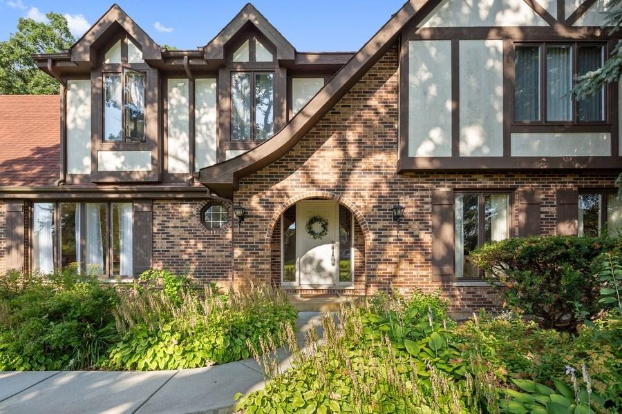 Real Estate Photography - 3703 Live Oak, Crystal Lake, IL, 60014 - View