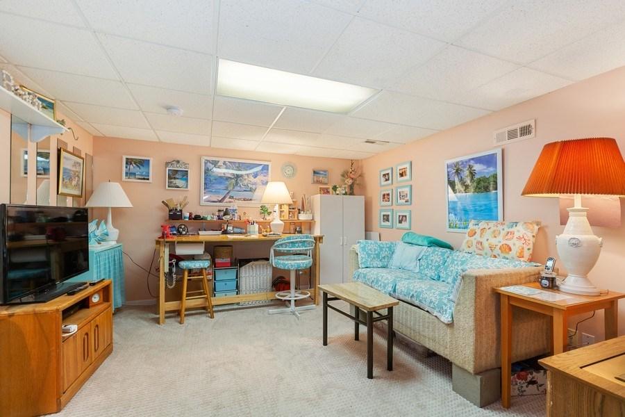 Real Estate Photography - 3703 Live Oak, Crystal Lake, IL, 60014 -