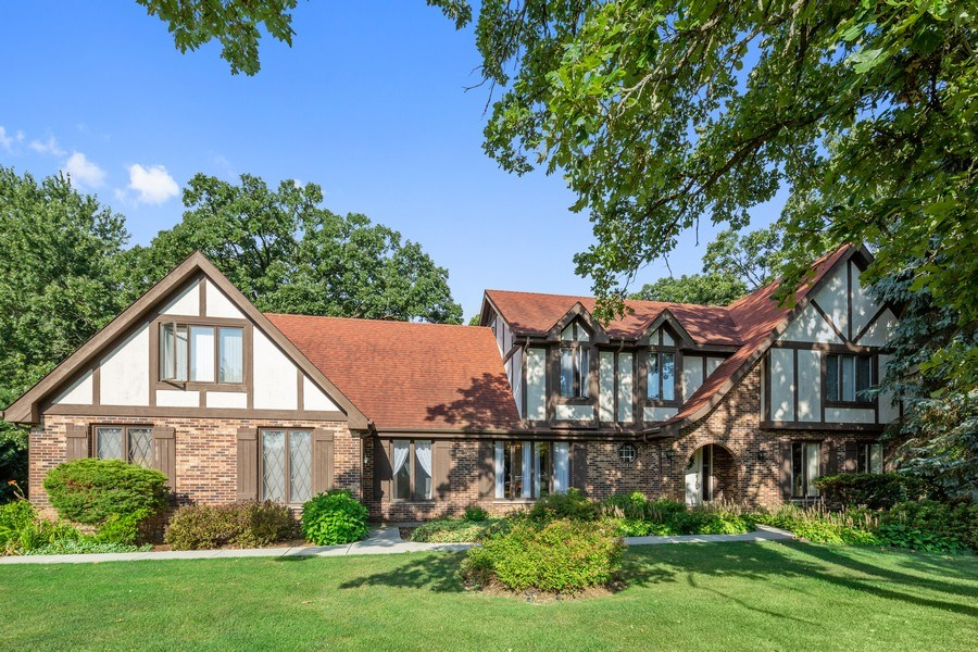Real Estate Photography - 3703 Live Oak, Crystal Lake, IL, 60014 - Front View