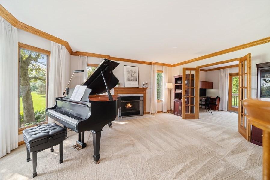 Real Estate Photography - 3887 Tamarack Circle, Crystal Lake, IL, 60012 - Living Room