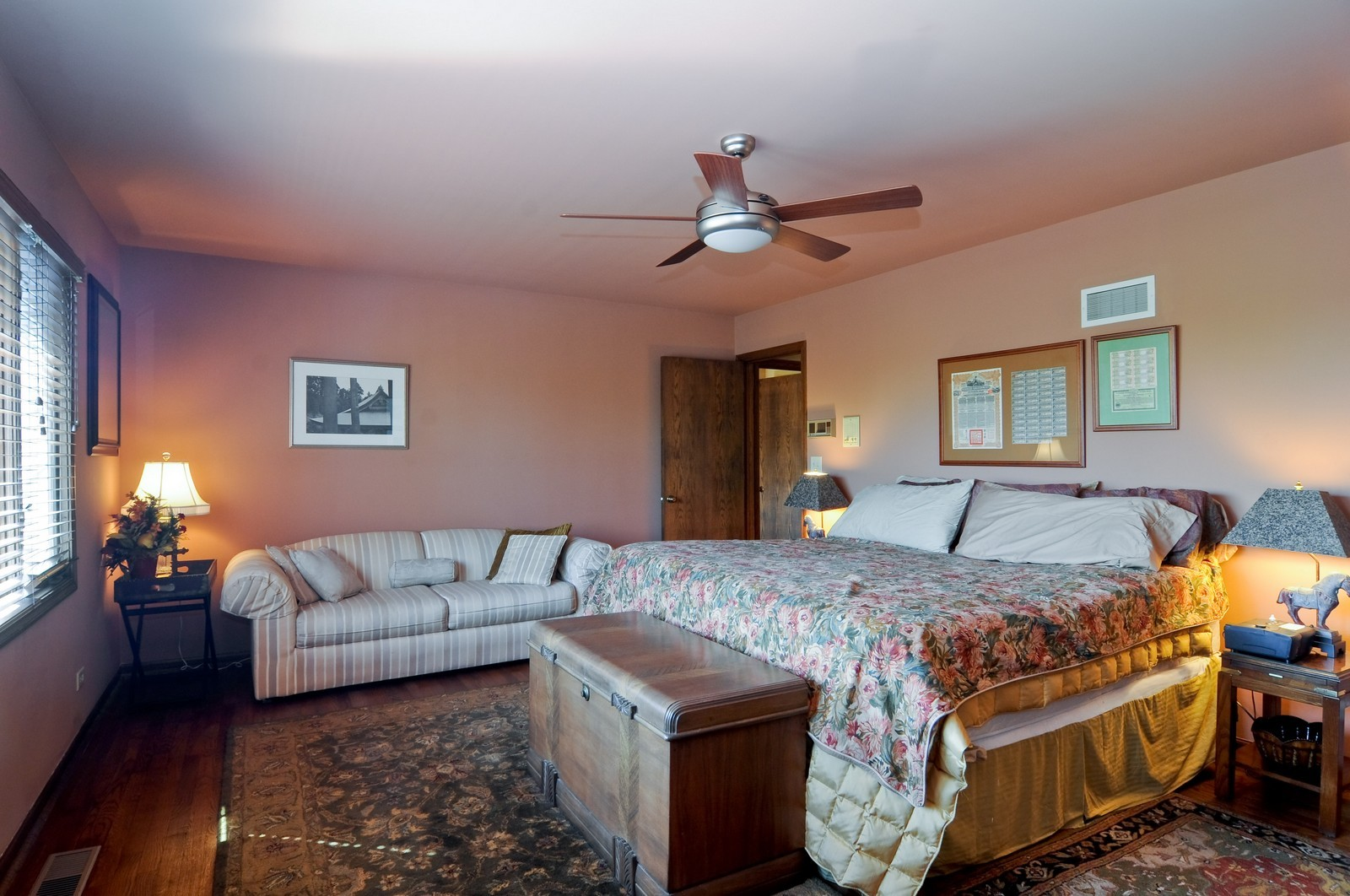 Real Estate Photography - 33 Little Bend, Barrington Hills, IL, 60010 - Master Bedroom