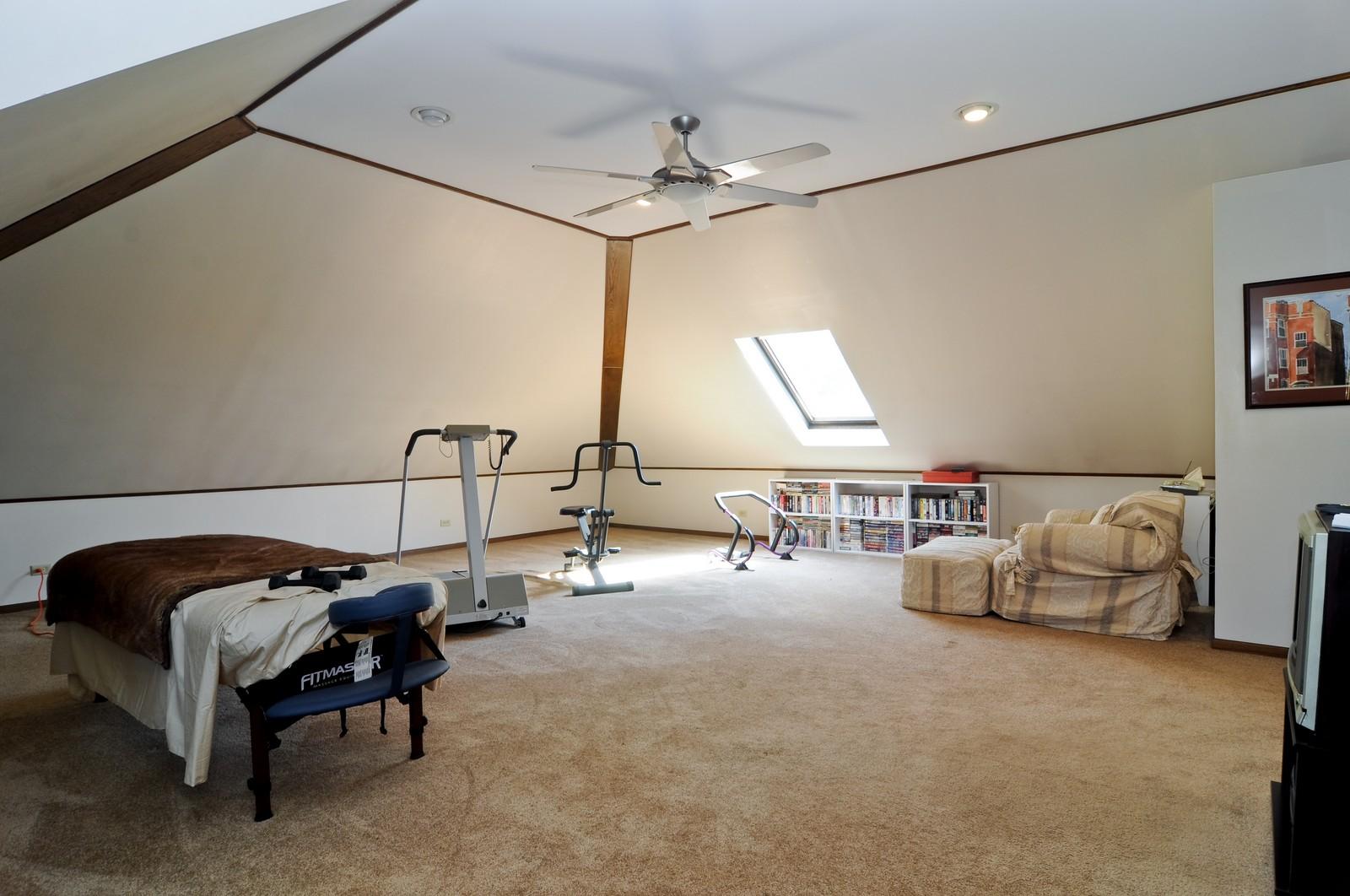 Real Estate Photography - 33 Little Bend, Barrington Hills, IL, 60010 - Bonus Room