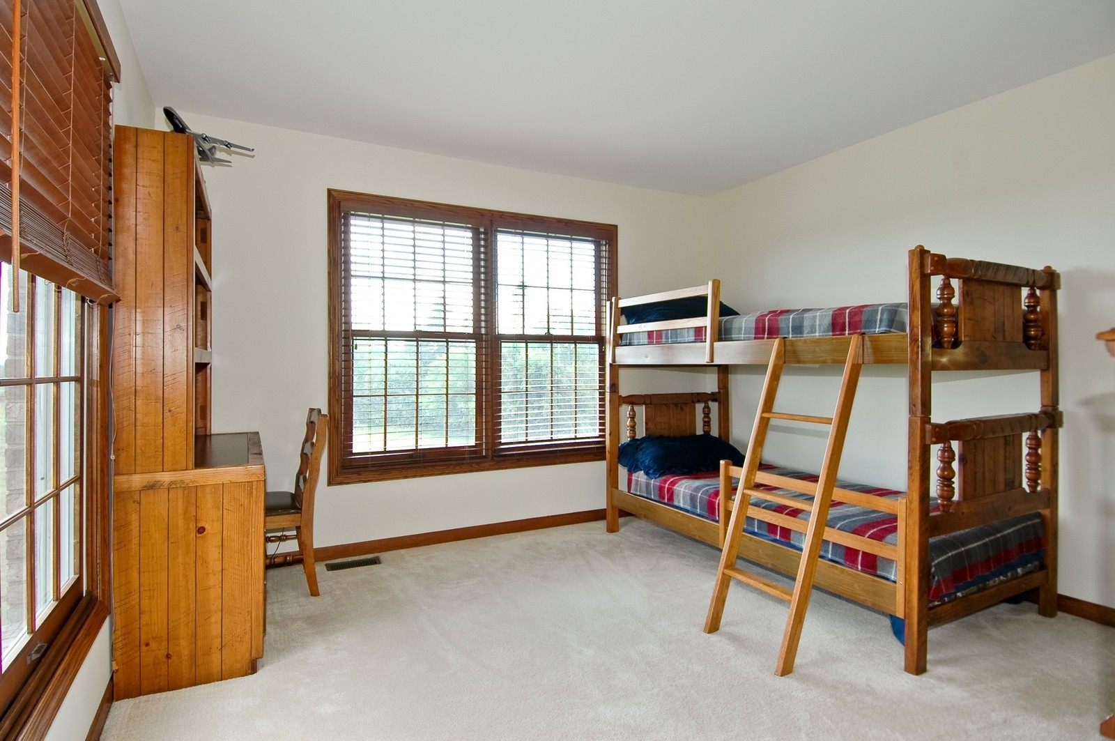 Real Estate Photography - 9409 Loch Glen Court, Lakewood, IL, 60014 - Bedroom