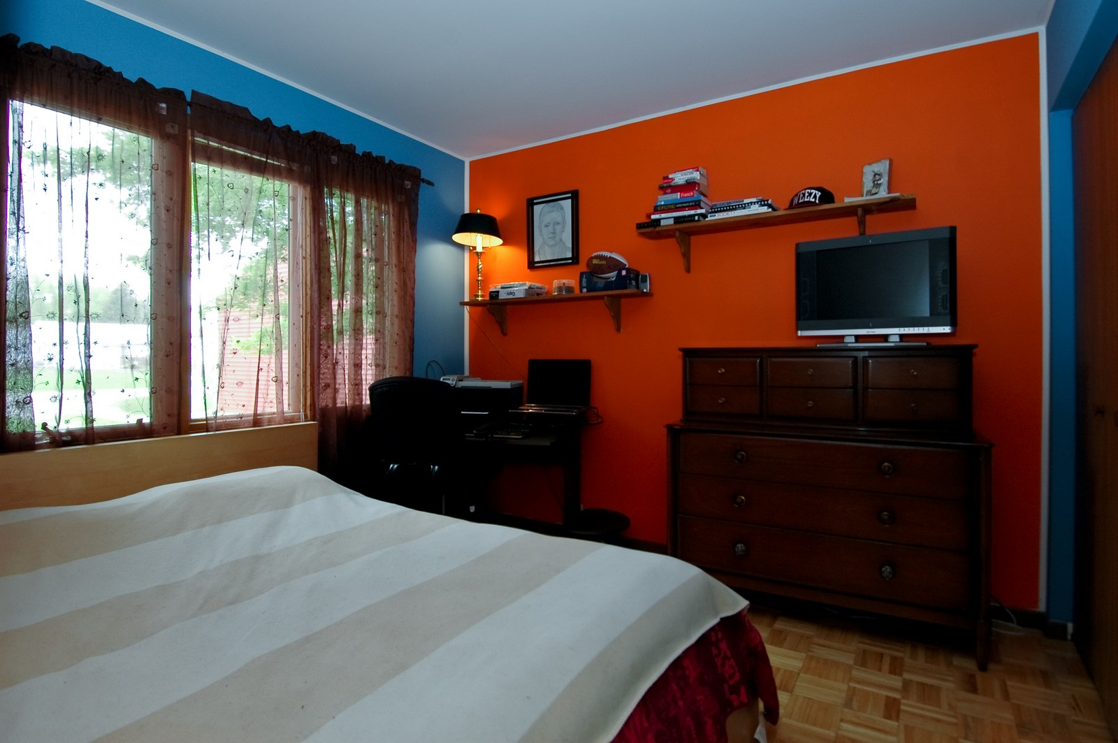Real Estate Photography - 1364 Thornwood Ln, Crystal Lake, IL, 60014 - 2nd Bedroom