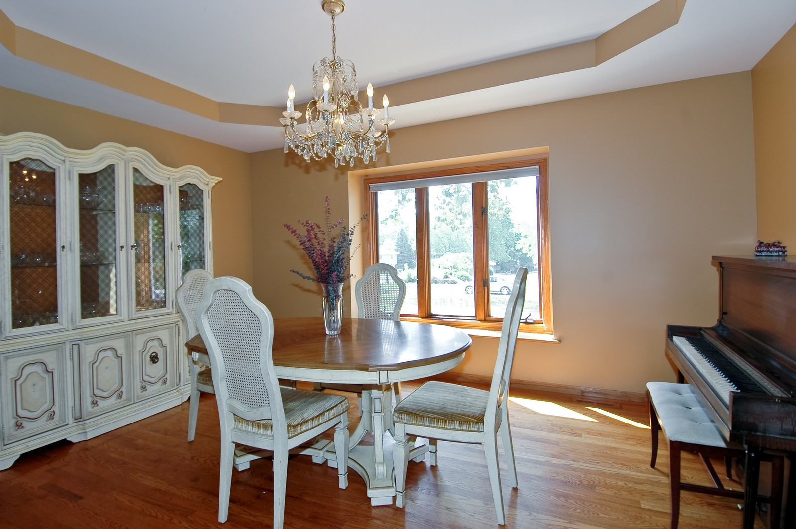 Real Estate Photography - 4915 Raintree Court, Johnsburg, IL, 60051 - Dining Room