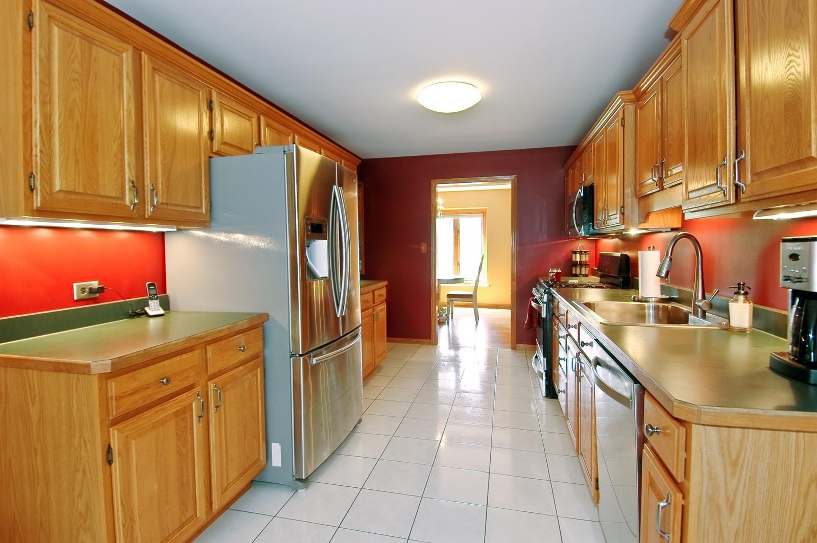 Real Estate Photography - 4915 Raintree Court, Johnsburg, IL, 60051 - Kitchen