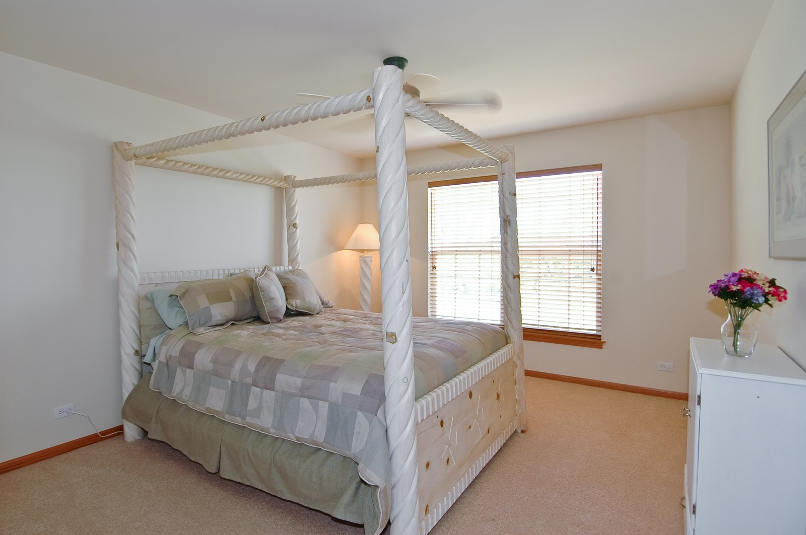 Real Estate Photography - 750 Saratoga Circle, Algonquin, IL, 60102 - 3rd Bedroom