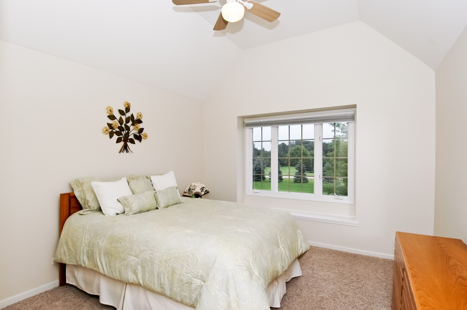 Real Estate Photography - 40W960 Chippewa Pass, Elgin, IL, 60124 - 3rd Bedroom with Tray Ceiling