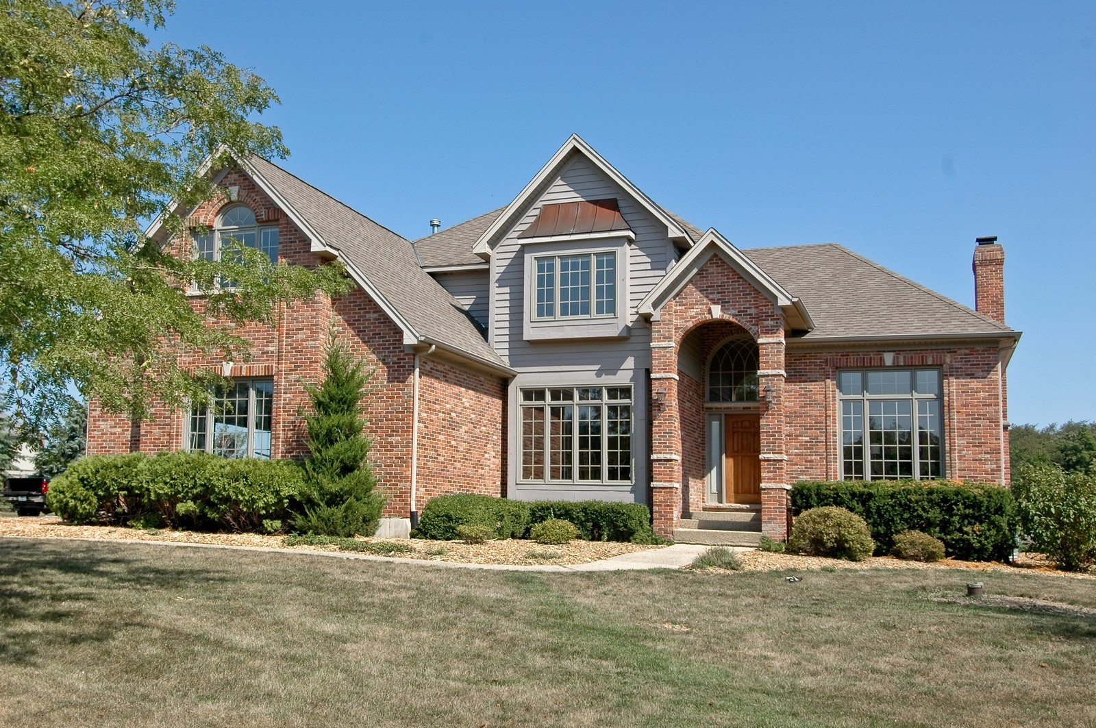 Real Estate Photography - 40W960 Chippewa Pass, Elgin, IL, 60124 - Closer View of Home