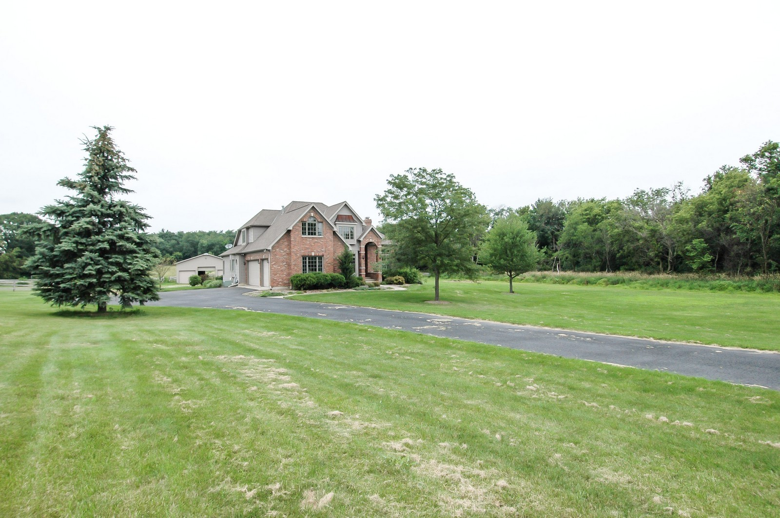 Real Estate Photography - 40W960 Chippewa Pass, Elgin, IL, 60124 - Front of Home & Barn on 5 Acres