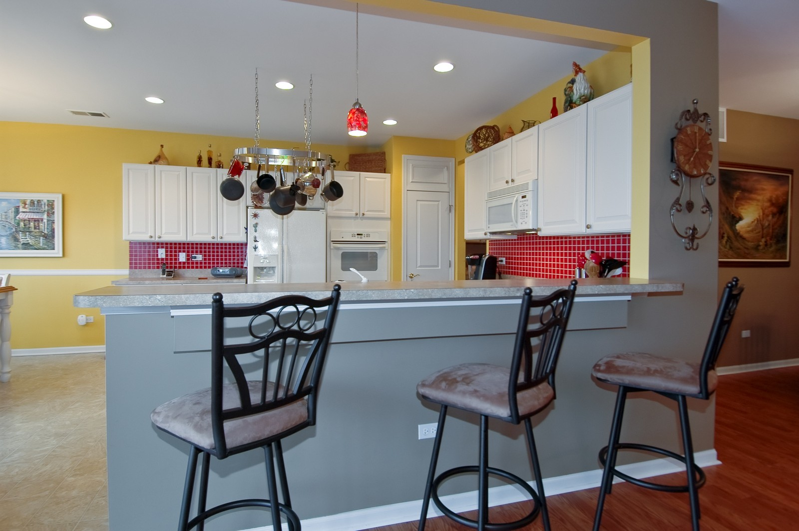 Real Estate Photography - 14063 Francesca Cove, Huntley, IL, 60142 - Kitchen