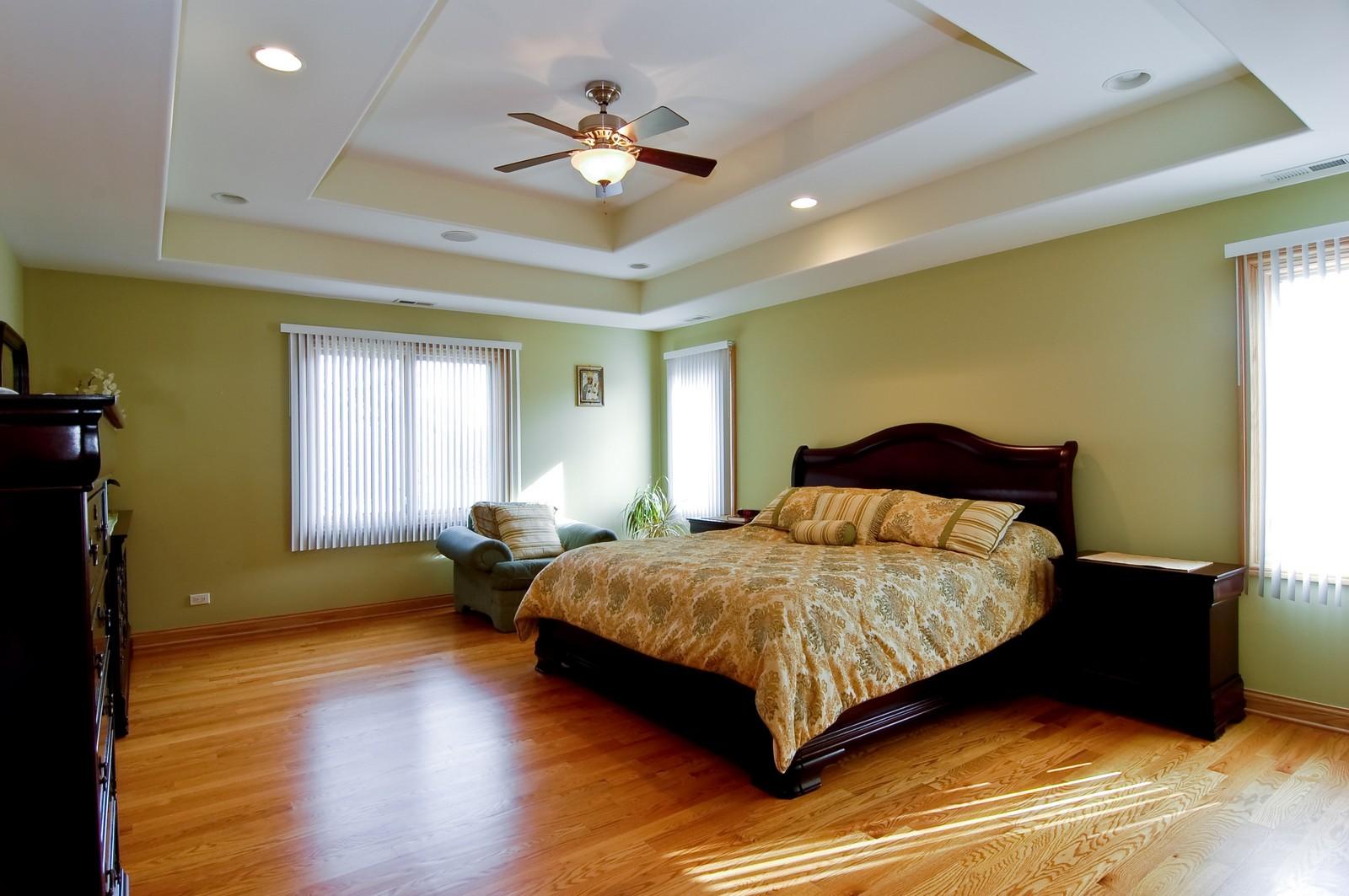 Real Estate Photography - 457 Ellis, Bensenville, IL, 60106 - Master Bedroom
