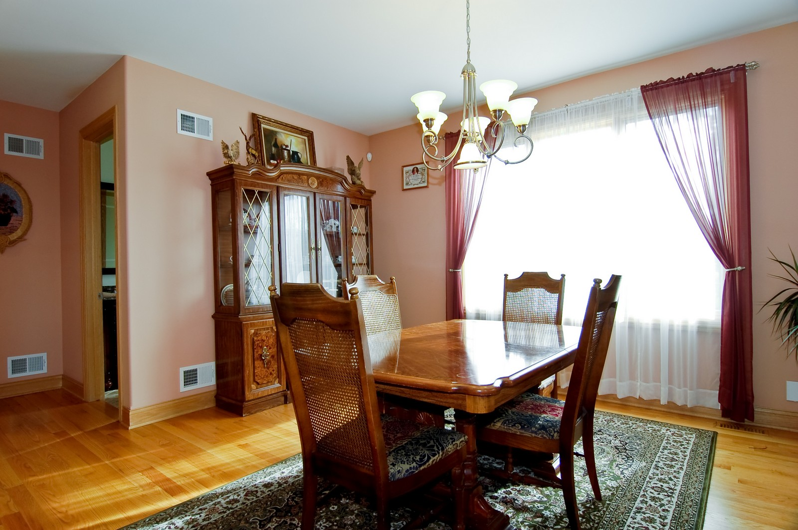 Real Estate Photography - 457 Ellis, Bensenville, IL, 60106 - Dining Room