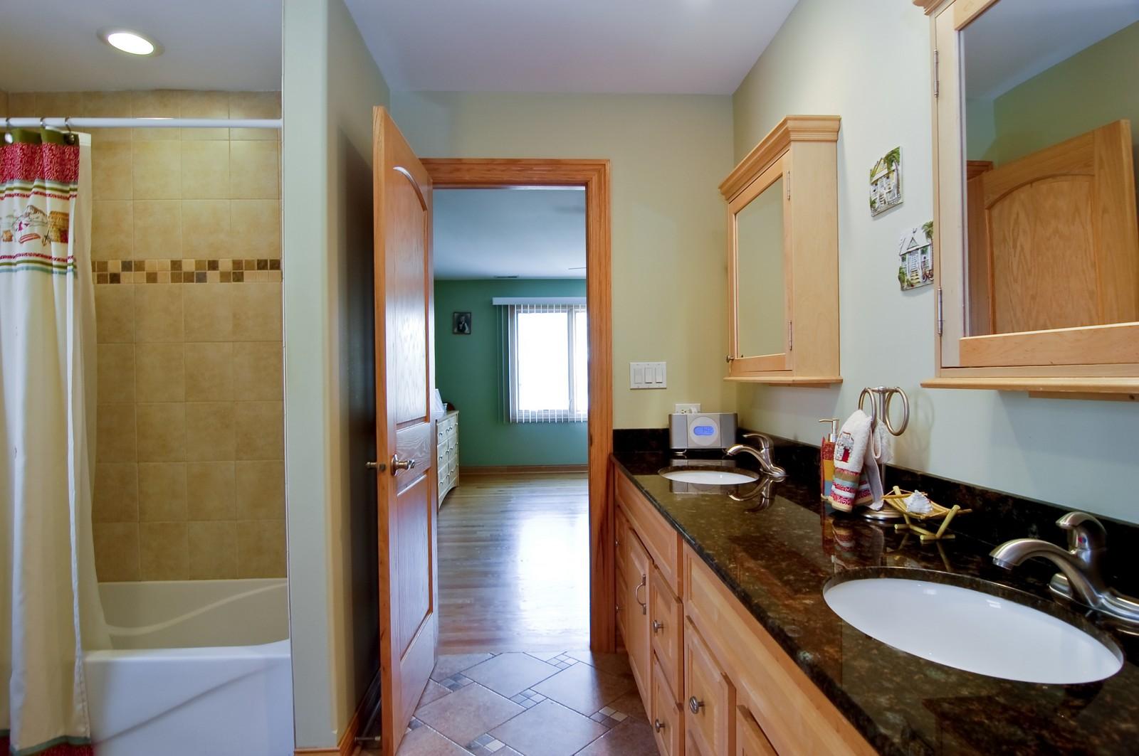 Real Estate Photography - 457 Ellis, Bensenville, IL, 60106 - 2nd Bathroom