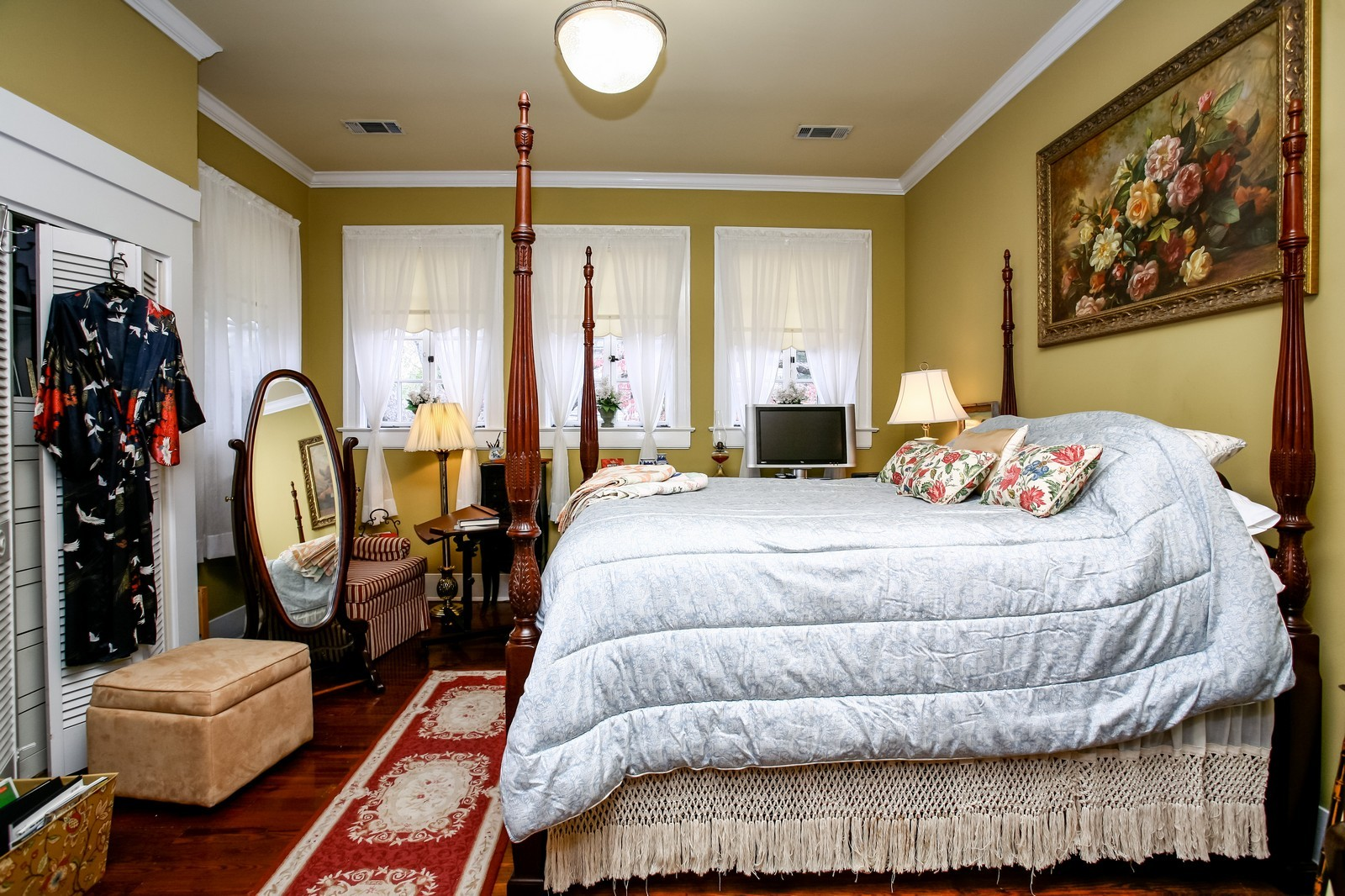 Real Estate Photography - 414 N 14th St, Lanett, AL, 36863 - 2nd Bedroom