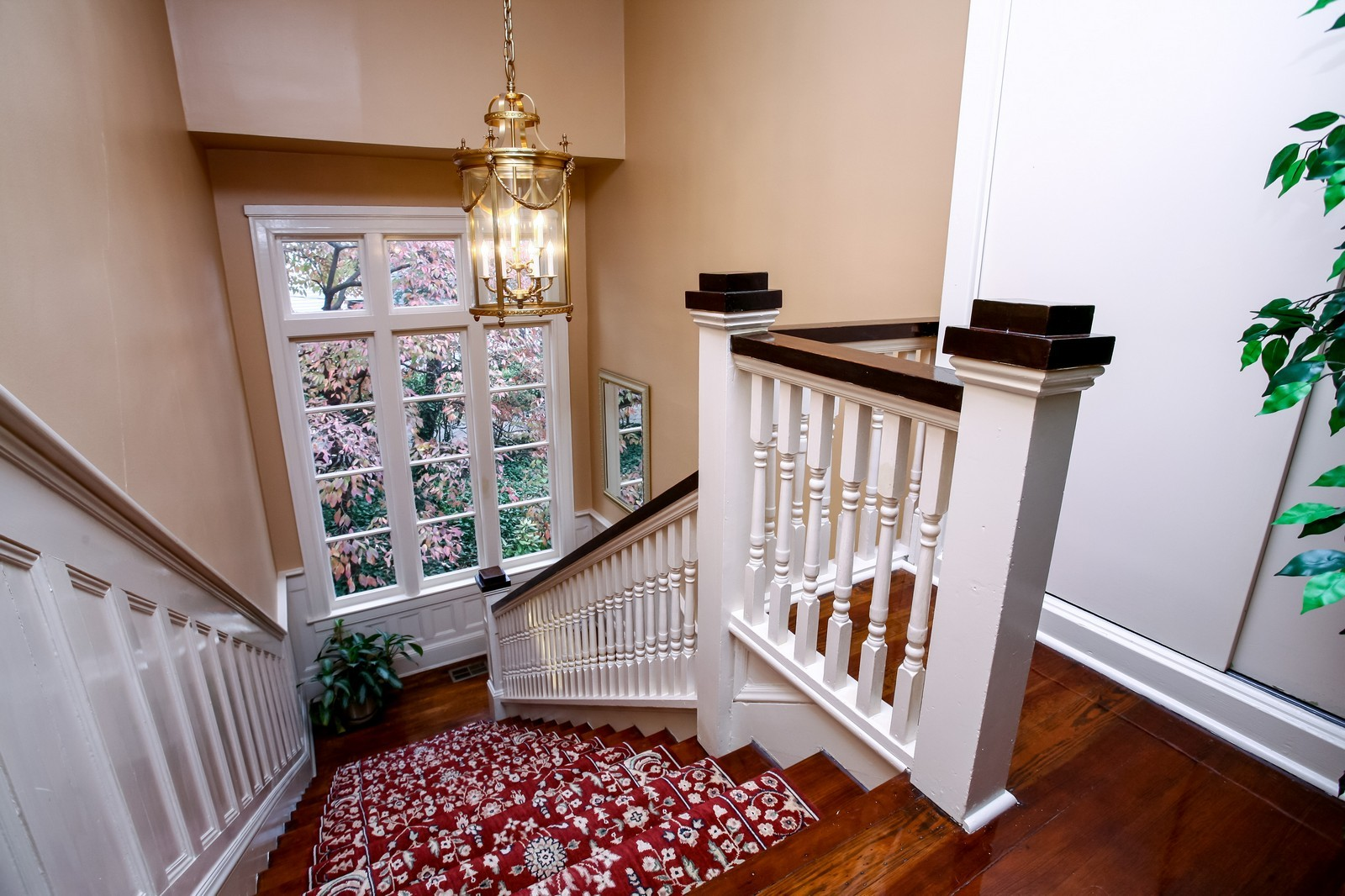 Real Estate Photography - 414 N 14th St, Lanett, AL, 36863 - Staircase