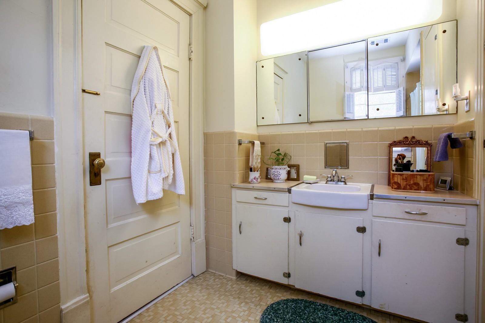 Real Estate Photography - 414 N 14th St, Lanett, AL, 36863 - 2nd Bathroom