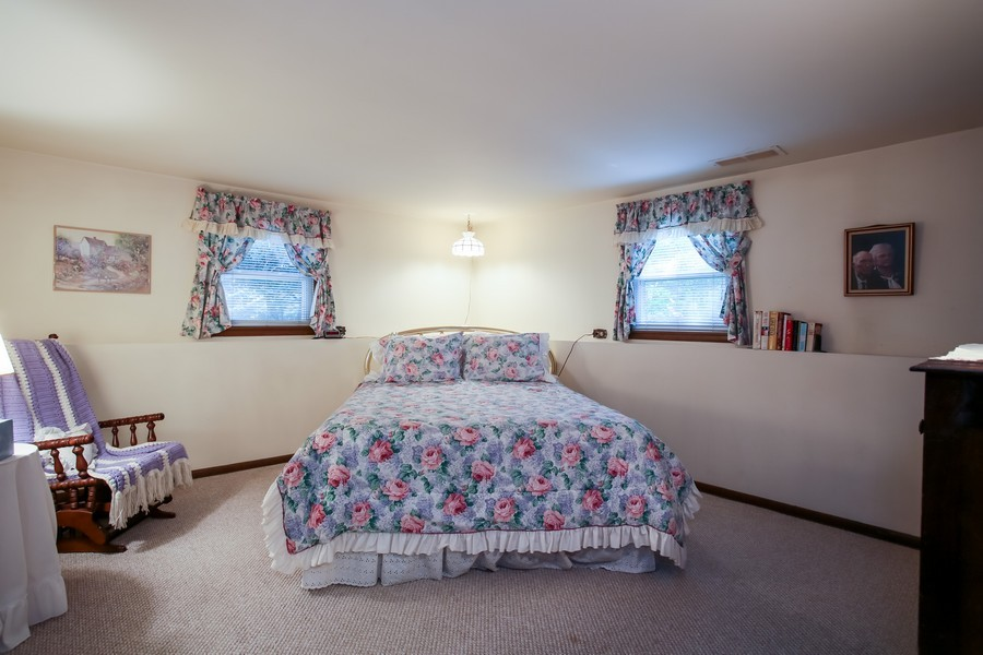 Real Estate Photography - 6919 Fairmount Ave, Downers Grove, IL, 60516 - 3rd Bedroom