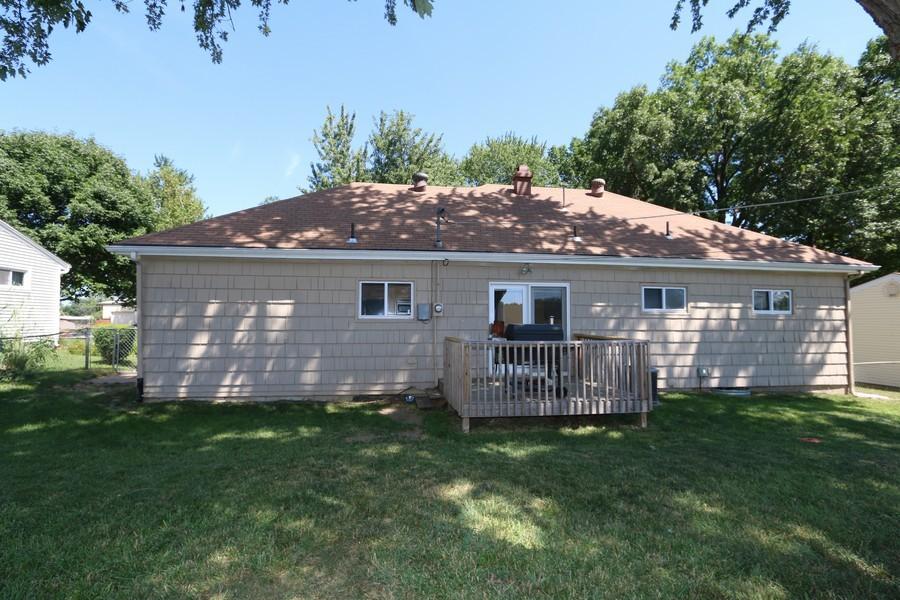 Real Estate Photography - 5548 N Flora, Kansas City, MO, 64118 - Rear View