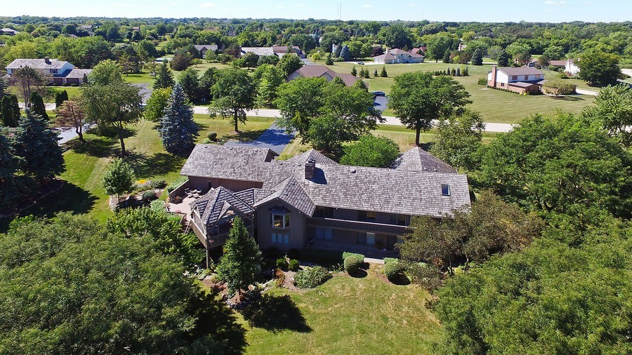 Real Estate Photography - 6 Harvard, Hawthorn Woods, IL, 60047 - Aerial View