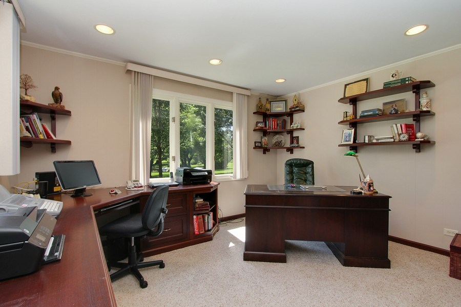 Real Estate Photography - 6 Harvard, Hawthorn Woods, IL, 60047 - Office