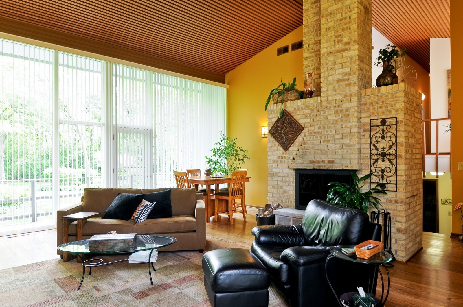 Real Estate Photography - 14185 W August Zupec, Wadsworth, IL, 60083 - Living Room