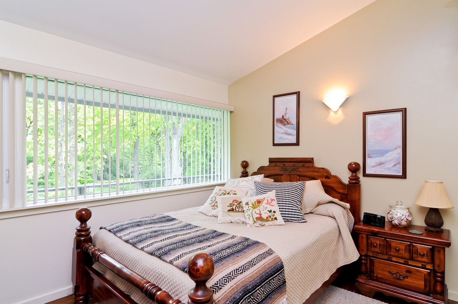 Real Estate Photography - 14185 W August Zupec, Wadsworth, IL, 60083 - 2nd Bedroom