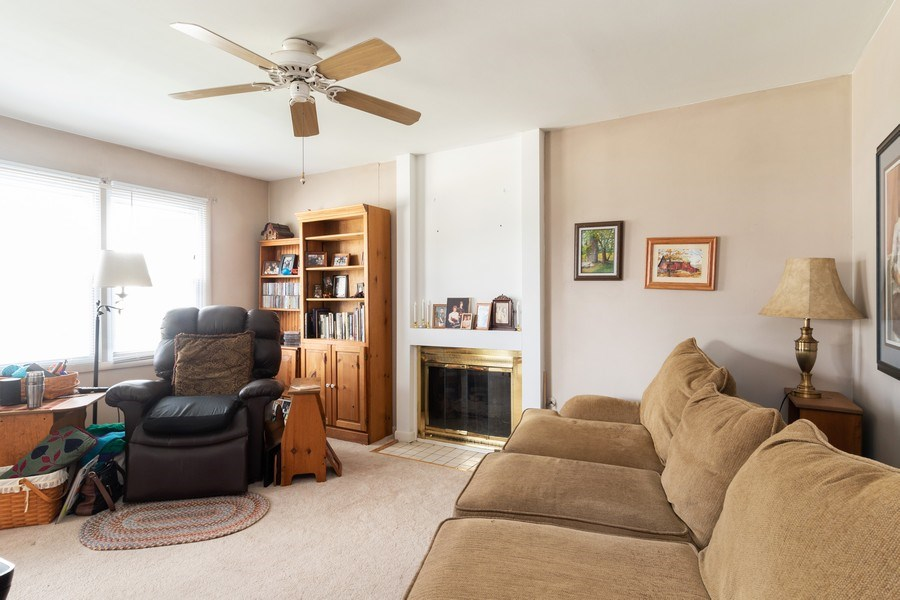 Real Estate Photography - 2365 Buttercup, Aurora, IL, 60506 - Family Room