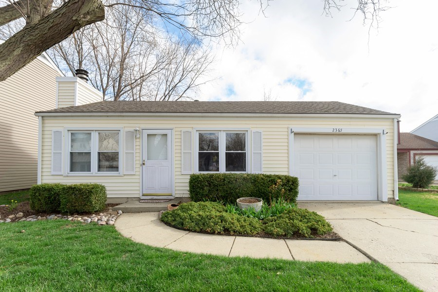 Real Estate Photography - 2365 Buttercup, Aurora, IL, 60506 - Front View