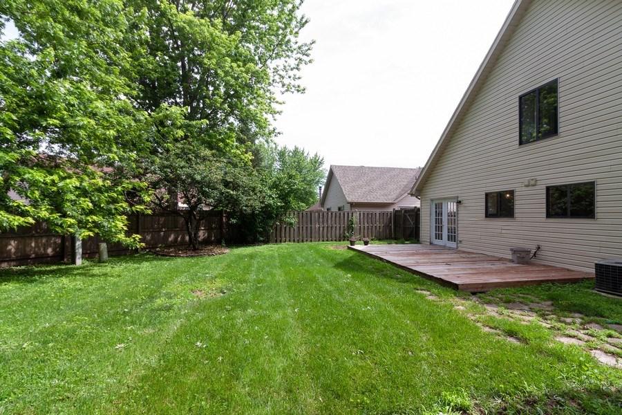 Real Estate Photography - 850 Camden, Aurora, IL, 60504 - Back Yard