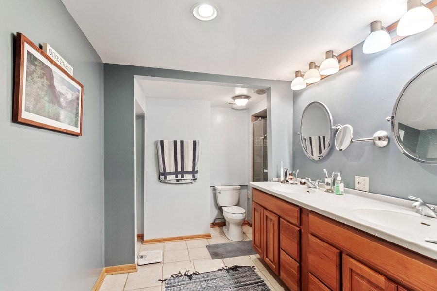 Real Estate Photography - 2S420 MADISON ST, WHEATON, IL, 60189 - Master Bathroom
