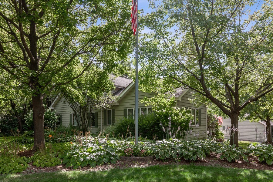 Real Estate Photography - 2S420 MADISON ST, WHEATON, IL, 60189 - Front View