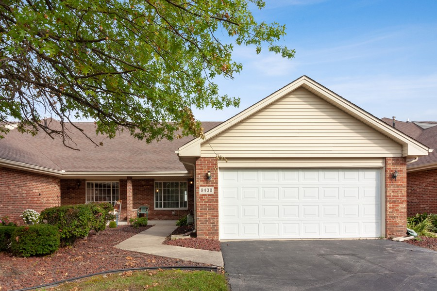 Real Estate Photography - 9430 West 166th Ct, Orland Park, IL, 60467 - Front View