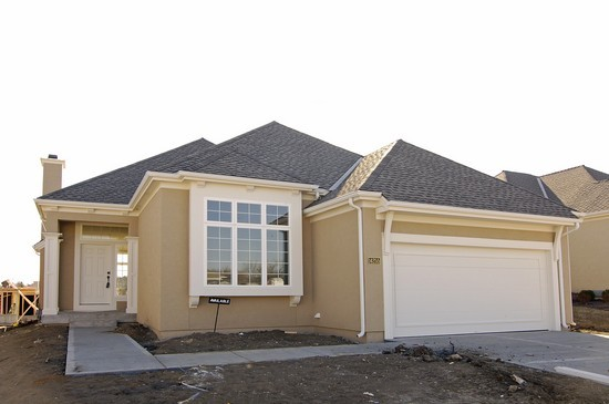 Real Estate Photography 14255 W 117th Olathe Ks 66062 Front View