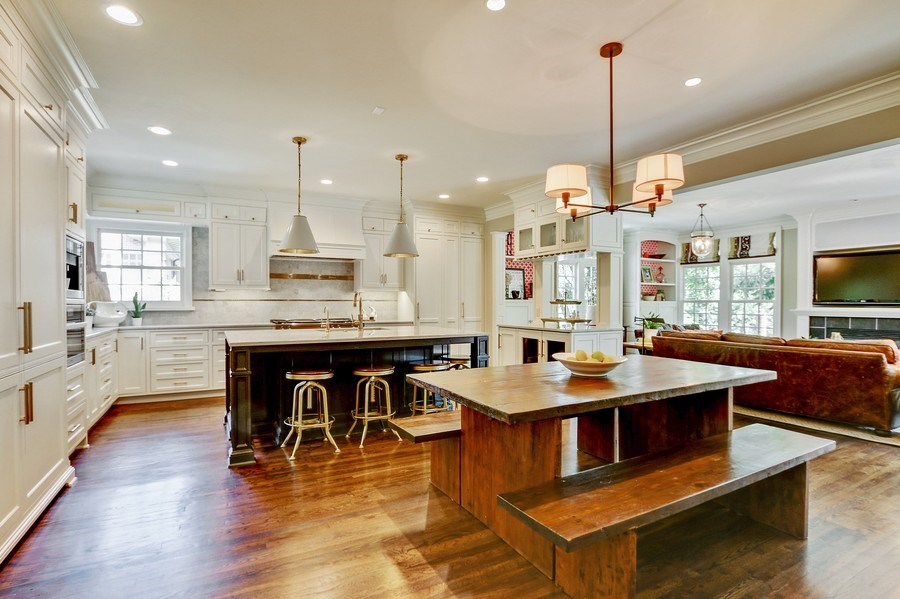 Real Estate Photography - 5651 High Dr, Mission Hills, KS, 66208 - Kitchen / Breakfast Room