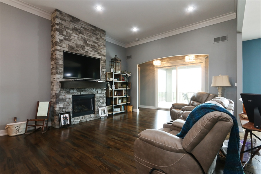 Real Estate Photography - 13275 33 Highway, Kearney, MO, 64060 - Living Room