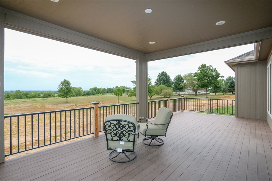 Real Estate Photography - 13275 33 Highway, Kearney, MO, 64060 - Deck