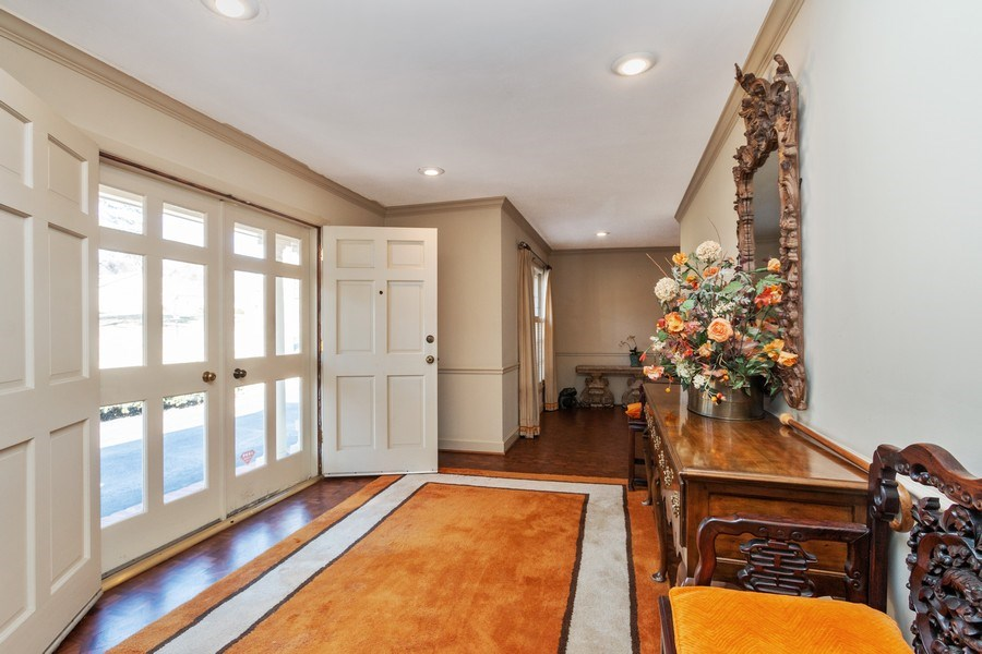 Real Estate Photography - 8321 Roe Ave, Prairie Village, KS, 66207 - Foyer