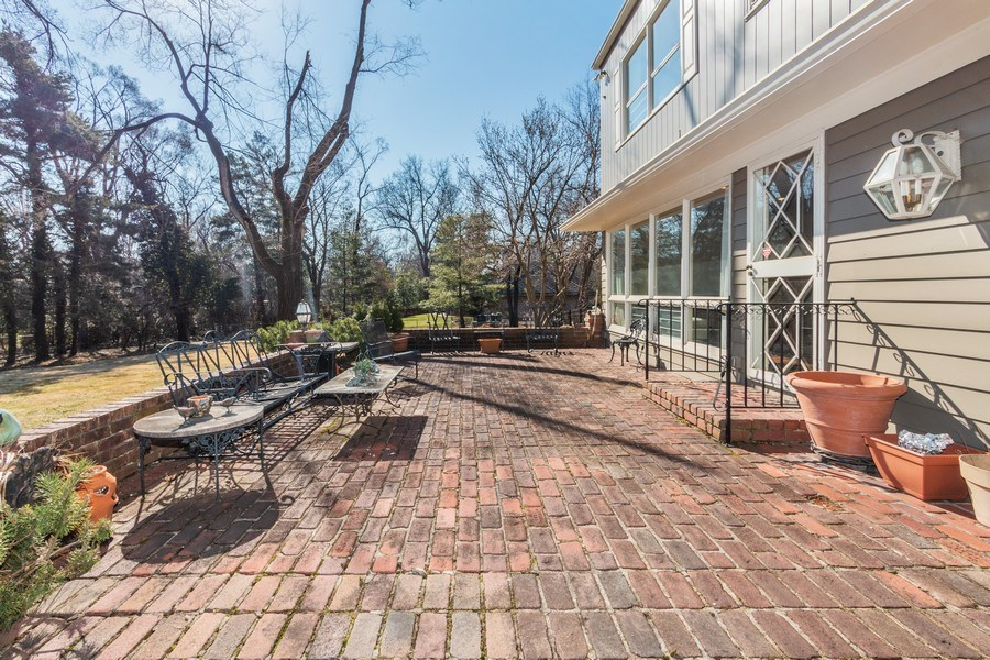 Real Estate Photography - 8321 Roe Ave, Prairie Village, KS, 66207 - Patio