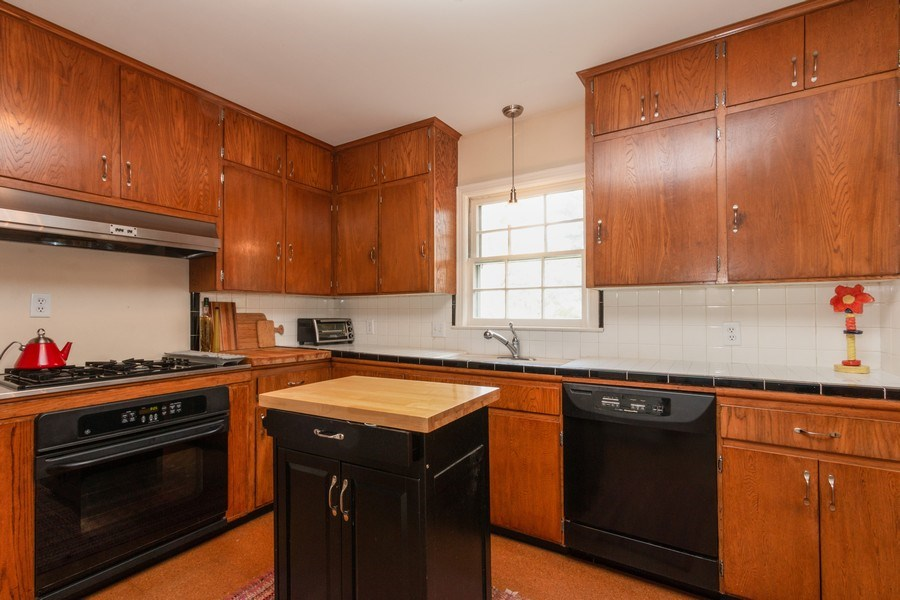 Real Estate Photography - 6608 W 65th Terrace, Overland Park, KS, 66202 - Kitchen