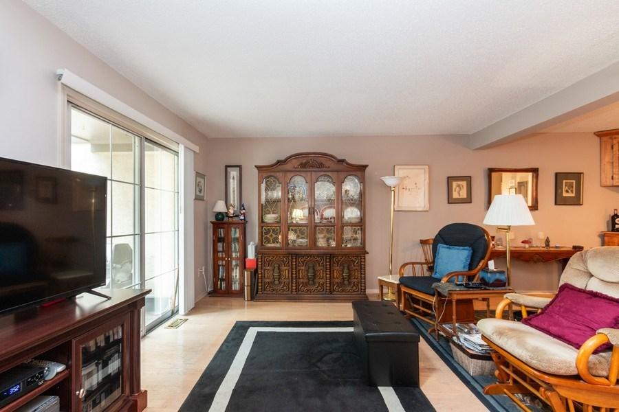 Real Estate Photography - 10784 Glenwood, Overland Park, KS, 66211 - Family Room