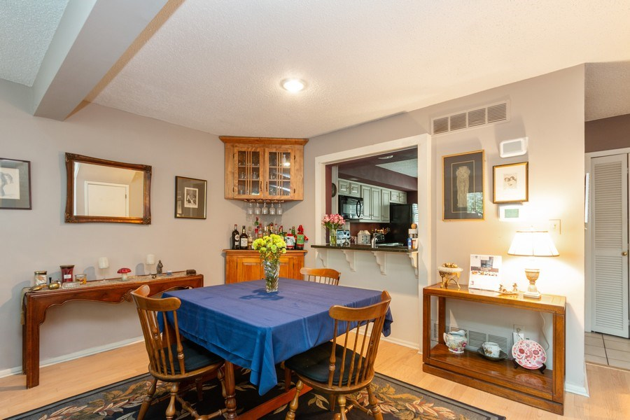 Real Estate Photography - 10784 Glenwood, Overland Park, KS, 66211 - Dining Room