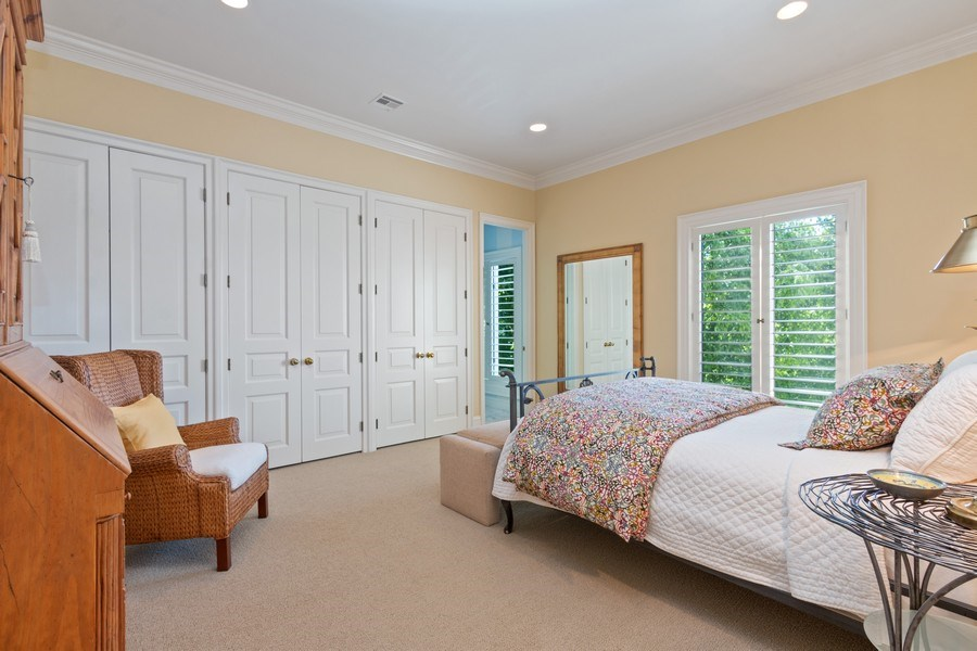 Real Estate Photography - 5300 Sunset Dr, 5, Kansas City, MO, 64112 - Guest Bedroom