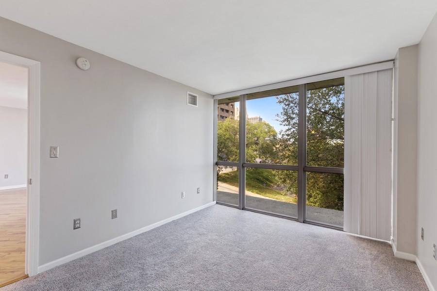 Real Estate Photography - 600 E Admiral Blvd., Unit 503, Kansas City, MO, 64106 - Master Bedroom