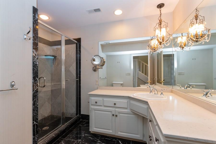 Real Estate Photography - 1105 West 47th Street B, Kansas City, MO, 64112 - Master Bathroom