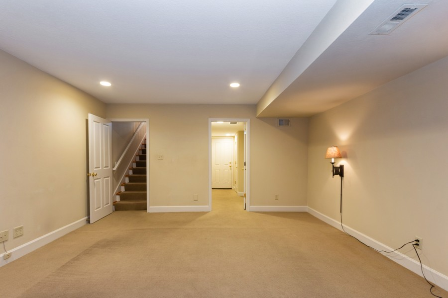 Real Estate Photography - 1105 West 47th Street B, Kansas City, MO, 64112 - Lower Level
