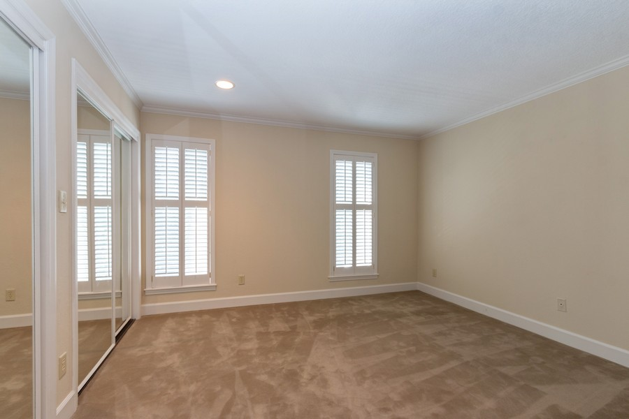 Real Estate Photography - 1105 West 47th Street B, Kansas City, MO, 64112 - Bedroom