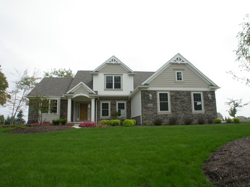 Real Estate Photography - 6463 Torrington, Medina, OH, 44256 - Front View